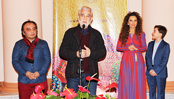 """Fevralın 8-də Muzey Mərkəzinin sərgi qalereyasında gənc rəssam Milena Nəbiyevanın """"Minabi - kainat naxışları"""" adlı ilk fərdi sərgisinin açılışı oldu."""