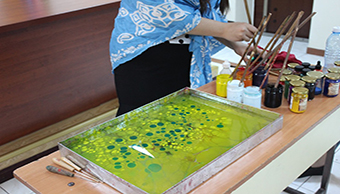 A Master class on marbling art was organized at BSU Young Talents High School.
